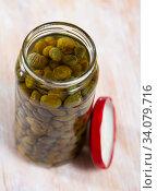 Купить «Glass jar with pickled capers», фото № 34079716, снято 11 июля 2020 г. (c) Яков Филимонов / Фотобанк Лори