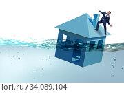 Купить «Mortgage repayment failure concept with man», фото № 34089104, снято 10 июля 2020 г. (c) Elnur / Фотобанк Лори