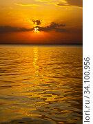 Купить «Scenic view. Colorful sunset over the Volga.», фото № 34100956, снято 21 апреля 2012 г. (c) Акиньшин Владимир / Фотобанк Лори