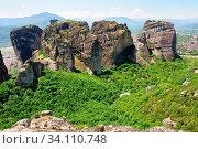 Meteora rocks with Orthodox Christian monastery near Kalambaka town, Greece. Стоковое фото, фотограф Zoonar.com/Serghei Starus / easy Fotostock / Фотобанк Лори