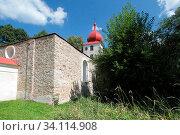 Kirche ohne Dach in Maiersgrün (Vysoka) in Tschechien. Стоковое фото, фотограф Zoonar.com/Walter J.Pilsak / easy Fotostock / Фотобанк Лори