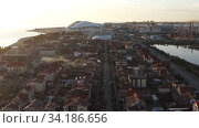 Купить «cottage village on the beach», видеоролик № 34186656, снято 2 апреля 2020 г. (c) Aleksandr Sulimov / Фотобанк Лори
