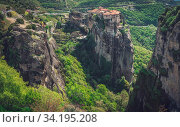 Купить «View of the stunningly located Roussanou monastery in Meteora valley, Greece», фото № 34195208, снято 10 июля 2020 г. (c) easy Fotostock / Фотобанк Лори