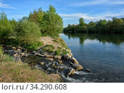 Die Mündung des Flusses Kander in den Rhein bei Weil am Rhein-Märkt. Стоковое фото, фотограф Zoonar.com/JOACHIM G. PINKAWA / easy Fotostock / Фотобанк Лори