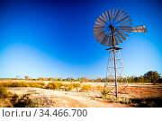 An old disused windmill at dawn near Gemtree, Northern Territory,... Стоковое фото, фотограф Zoonar.com/Chris Putnam / easy Fotostock / Фотобанк Лори