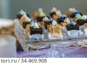 Chocolate desserts on glass dishes. Стоковое фото, фотограф Joseph De Sciose / age Fotostock / Фотобанк Лори