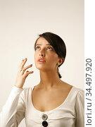Portrait of young woman. Photo: André Maslennikov. Стоковое фото, фотограф Andre Maslennikov / age Fotostock / Фотобанк Лори