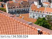 Roofs of Lisbon at sunny summer day (2017 год). Стоковое фото, фотограф EugeneSergeev / Фотобанк Лори