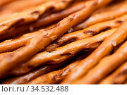Leckere Salzstangen frisch gebacken. Стоковое фото, фотограф Zoonar.com/Stockfotos-MG / easy Fotostock / Фотобанк Лори