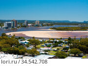 Maroochydore skyline during the day from Cotton Tree in Sunshine Coast... Стоковое фото, фотограф Zoonar.com/Chris Putnam / easy Fotostock / Фотобанк Лори