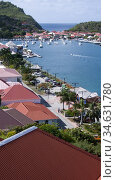 Red tin roof buildings surround Gustavia port St Barts. Стоковое фото, фотограф Andrew Woodley / age Fotostock / Фотобанк Лори