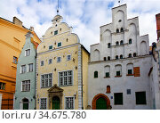 Three Brothers - building complex consisting of three houses, situated in Riga, Latvia, 15th - 17th century (2016 год). Стоковое фото, фотограф Куликов Константин / Фотобанк Лори