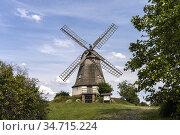 Holländermühle auf dem Mühlenberg in Jerichow, Jerichower Land, Sachsen... Стоковое фото, фотограф Peter Schickert / age Fotostock / Фотобанк Лори