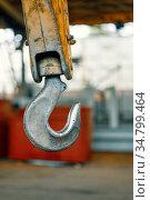 Crane hook suspension, steel hook for cargo suspension. Стоковое фото, фотограф Андрей Радченко / Фотобанк Лори