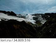 Fumarole in active crater of Mutnovsky volcano at Kamchatka, Russia. Стоковое фото, фотограф Zoonar.com/Sergey Mayorov / easy Fotostock / Фотобанк Лори