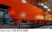 Industrial production plant - making a part of lifting crane. Стоковое видео, видеограф Константин Шишкин / Фотобанк Лори