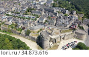 View from drone of houses of Dinan town at sunny summer day, France. Стоковое видео, видеограф Яков Филимонов / Фотобанк Лори