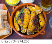 Roasted chicken wings with golden crust. Стоковое фото, фотограф Яков Филимонов / Фотобанк Лори
