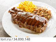 Beef New York Steak with sweet corn and brown rice. Стоковое фото, фотограф Vichaya Kiatying-Angsulee / easy Fotostock / Фотобанк Лори