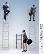 Concept of inequal career opportunities between man woman. Стоковое фото, фотограф Elnur / Фотобанк Лори
