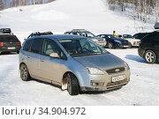 Ford Focus C-Max (2008 год). Редакционное фото, фотограф Art Konovalov / Фотобанк Лори