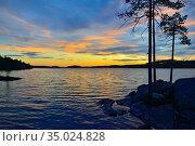 Fabulous north sunset. Lake Keret, North Karelia, Russia. Стоковое фото, фотограф Сергей Трофименко / Фотобанк Лори
