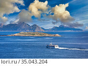 Cies Islands, Seen from Baiona, Pontevedra, Galicia, Spain. Стоковое фото, фотограф Javier Larrea / age Fotostock / Фотобанк Лори