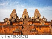 Khmer temple Pre Rup Prasat (2013 год). Стоковое фото, фотограф Юлия Бабкина / Фотобанк Лори