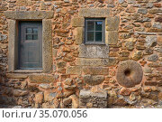 Houses in Almeida, Coa Valley, Portugal, July 2016. Стоковое фото, фотограф Staffan Widstrand / Nature Picture Library / Фотобанк Лори