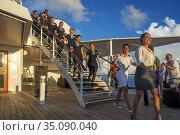 Farewell of the Paul Gauguin cruise ship. France, French Polynesia... Редакционное фото, фотограф Sergi Reboredo / age Fotostock / Фотобанк Лори