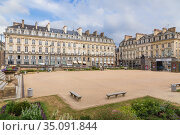 Rennes, France. View of the Square of Parliament of Brittany (2017 год). Редакционное фото, фотограф Rokhin Valery / Фотобанк Лори