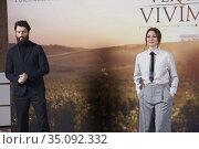 Blanca Suarez, Javier Rey attends 'El verano que vivimos' Photocall... Редакционное фото, фотограф Manuel Cedron / age Fotostock / Фотобанк Лори