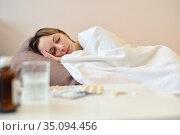 The girl is sick and lies in bed. Стоковое фото, фотограф Арестов Андрей Павлович / Фотобанк Лори