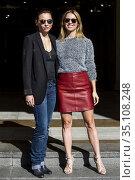 Leonor Watling and Manuela Velles (R) attend Musa (Muse) photocall... (2017 год). Редакционное фото, фотограф Nacho López / age Fotostock / Фотобанк Лори