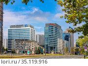 Warsaw, Mazovia / Poland - 2020/05/02: Panoramic view of Srodmiescie... Редакционное фото, фотограф bialorucki bernard / age Fotostock / Фотобанк Лори