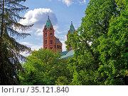 Altstadt, Dom zu Speyer, Kaiserdom, St. Maria und St. Stephan, geweiht... Стоковое фото, фотограф Bernd J. W. Fiedler / age Fotostock / Фотобанк Лори