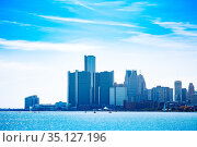 Downtown Detroit view over river from Sunset point (2018 год). Стоковое фото, фотограф Сергей Новиков / Фотобанк Лори