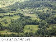 Summer mountains green grass and fields, rural landscape. Montenegro (2016 год). Стоковое фото, фотограф Кекяляйнен Андрей / Фотобанк Лори