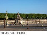 Place de la Concorde, Paris, France during the May 2020 lockdown. Стоковое фото, фотограф Philippe Lissac / Godong / age Fotostock / Фотобанк Лори