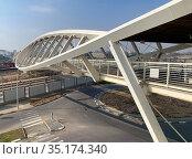 Footbridge in the new High-Tech Park in Beer Sheva. Редакционное фото, фотограф Irina Opachevsky / Фотобанк Лори