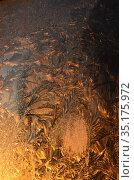 Морозные узоры на восходе солнца. Стоковое фото, фотограф Наталья Горкина / Фотобанк Лори