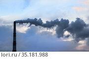 Black smoke from a chimney. Стоковое фото, фотограф Юрий Бизгаймер / Фотобанк Лори