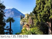 Villa Cipressi from the lakeshore of Varenna, Lake Como, Lombardy... Стоковое фото, фотограф Francesco Bergamaschi / age Fotostock / Фотобанк Лори