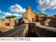 Forica delle Terme del Foro, Ostia Antica, Rome, Lazio, Italy, Europe. Стоковое фото, фотограф ProCip / age Fotostock / Фотобанк Лори