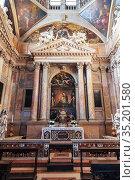 Basilica of St. Anastasia. Interior. Verona, Italy (2017 год). Редакционное фото, фотограф Наталья Волкова / Фотобанк Лори