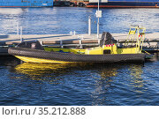 Motor boat by the Fire and Rescue service Trondelag (2016 год). Редакционное фото, фотограф EugeneSergeev / Фотобанк Лори