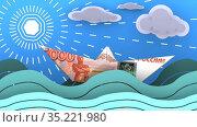Бумажный кораблик, сделанный из российской банкноты, плывет по волнам океана. Стоковая анимация, видеограф WalDeMarus / Фотобанк Лори
