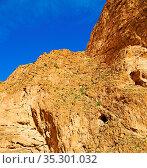 In todra africa morocco the atlas dry mountain. Стоковое фото, фотограф Zoonar.com/LKPRO / easy Fotostock / Фотобанк Лори