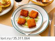 San Jacobos stuffed with ham and cheese. Стоковое фото, фотограф Яков Филимонов / Фотобанк Лори