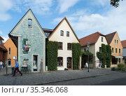 Radebeul, Germany - Hauser in the village center of Koetzschenbroda (2019 год). Редакционное фото, агентство Caro Photoagency / Фотобанк Лори